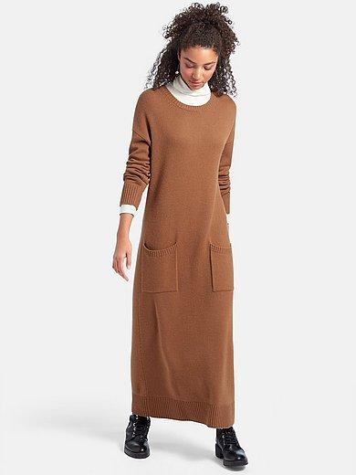 include Stickad klänning i 100% kashmir melerad kamelbrun