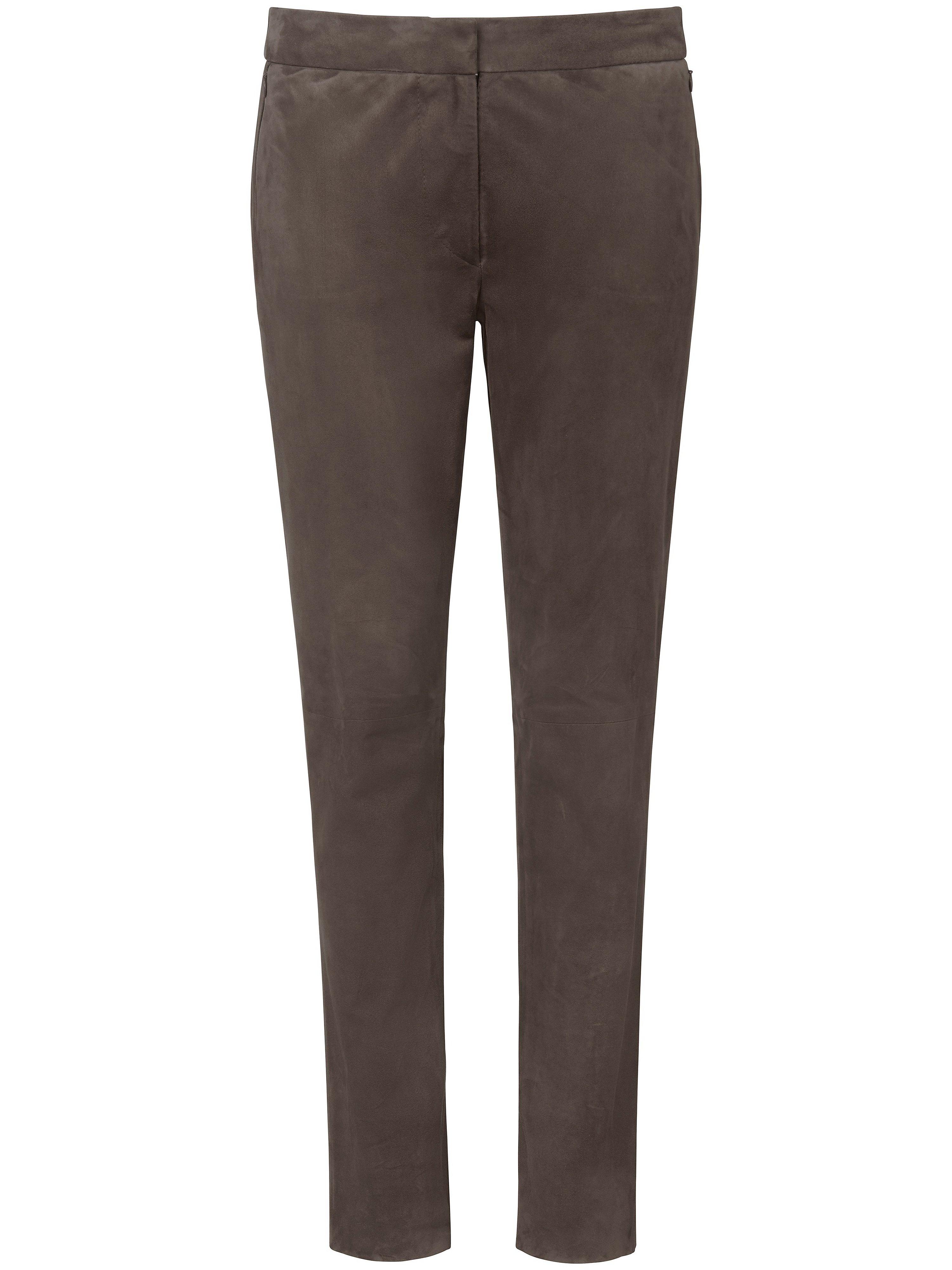 Leren broek in smal model geitensuedeleer Van Fadenmeister Berlin bruin