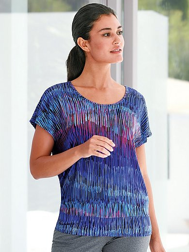 Round neck top with dropped shoulders