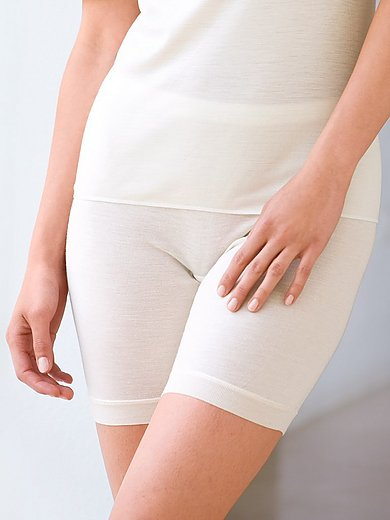 Nina v. C. - Lahkeelliset alushousut