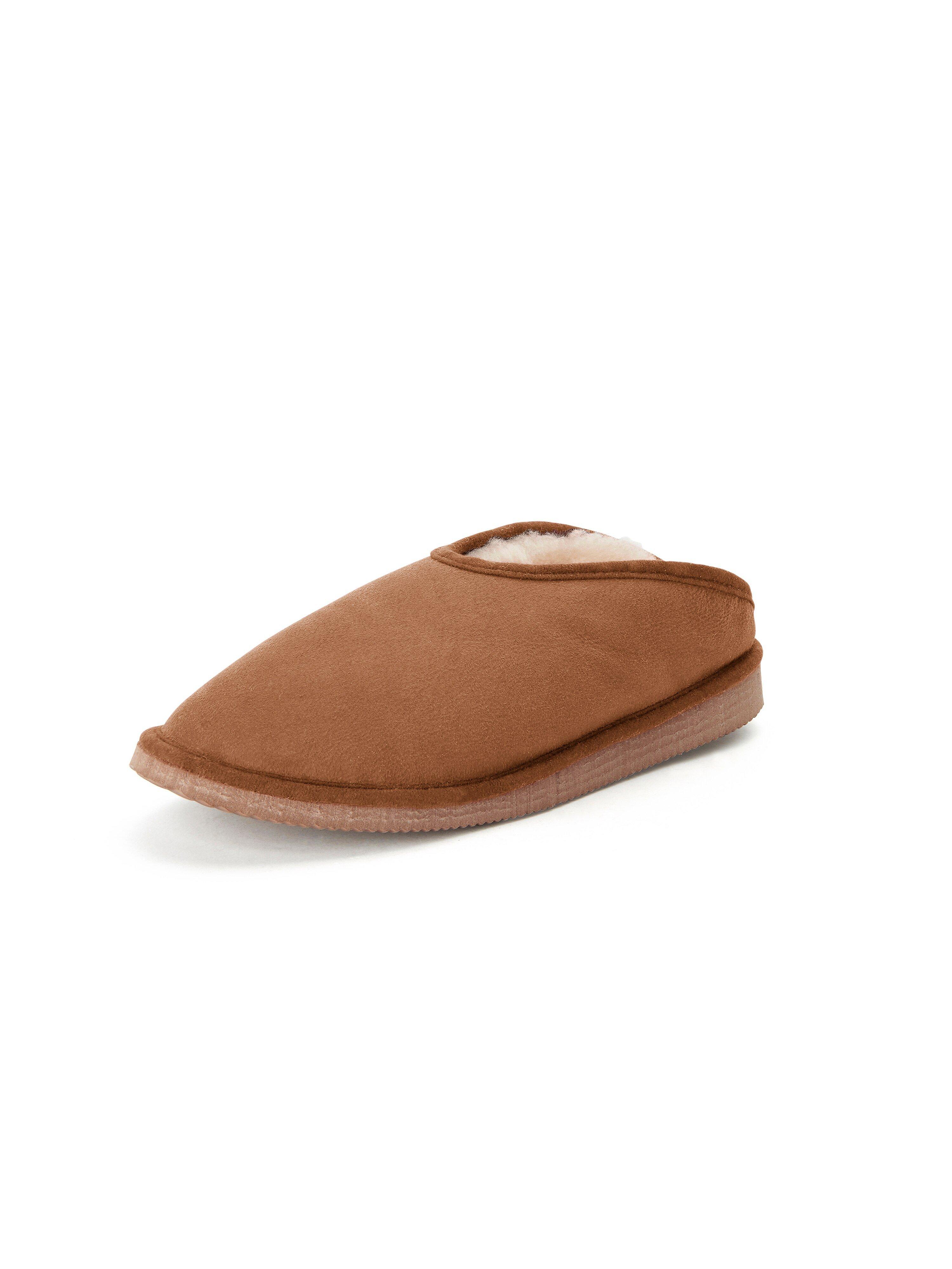 Lammy pantoffels, model Fatima Van Kitzpichler bruin