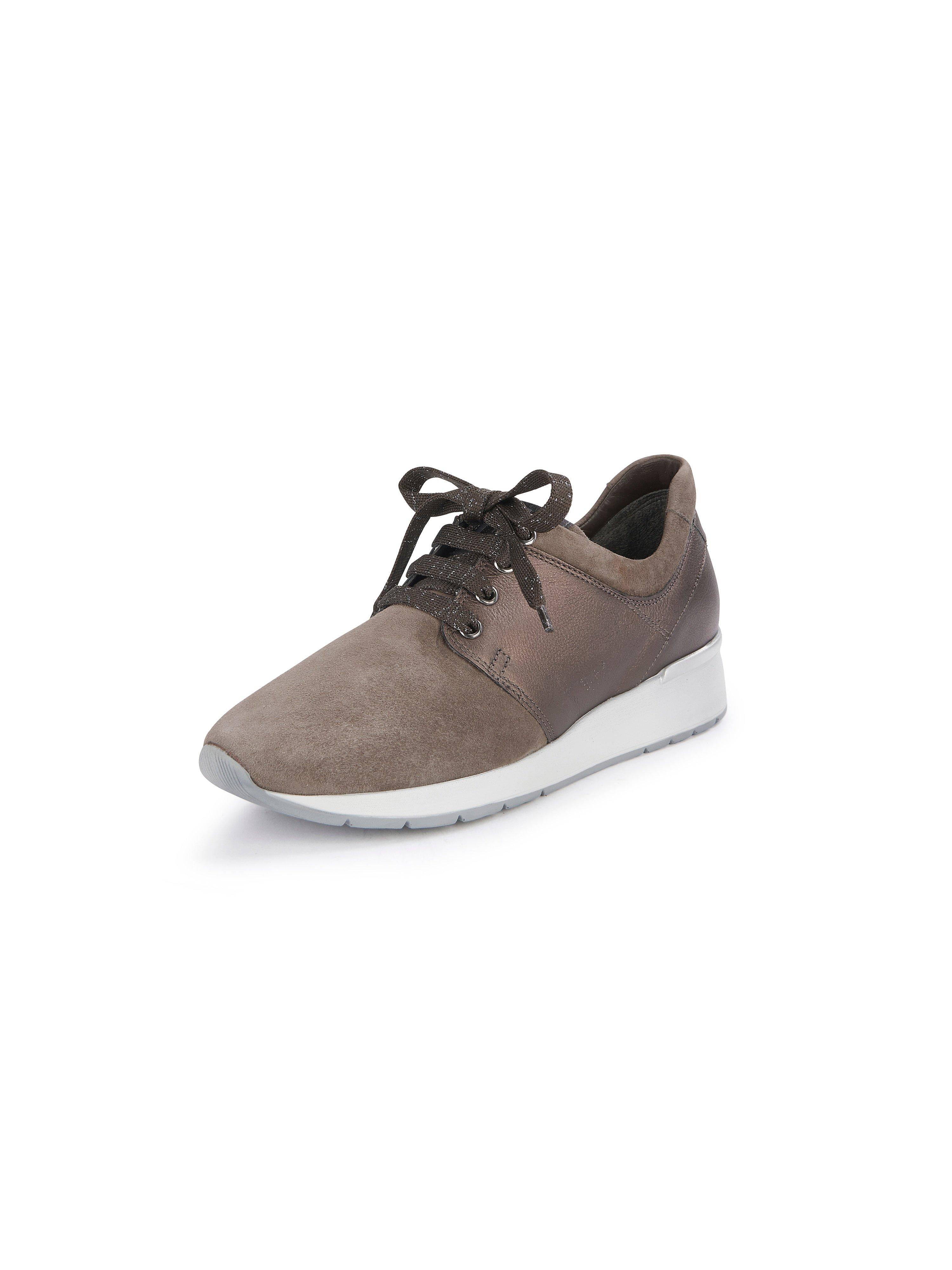 Sneakers model Agata Van Melluso Walk beige