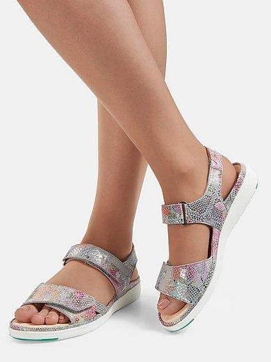 Les sandales en cuir nubuck de veau