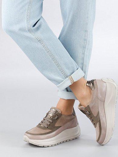 Candice Cooper - Sneaker Spark