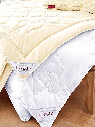 Sannwald - Täcke med ny ull och fina kanalsömmar