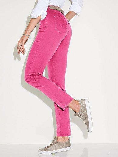 Brax Feel Good - Feminine fit jeans, model Nicola
