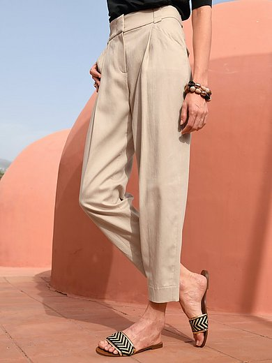 Riani - 7/8-length trousers with wide shaped waistband