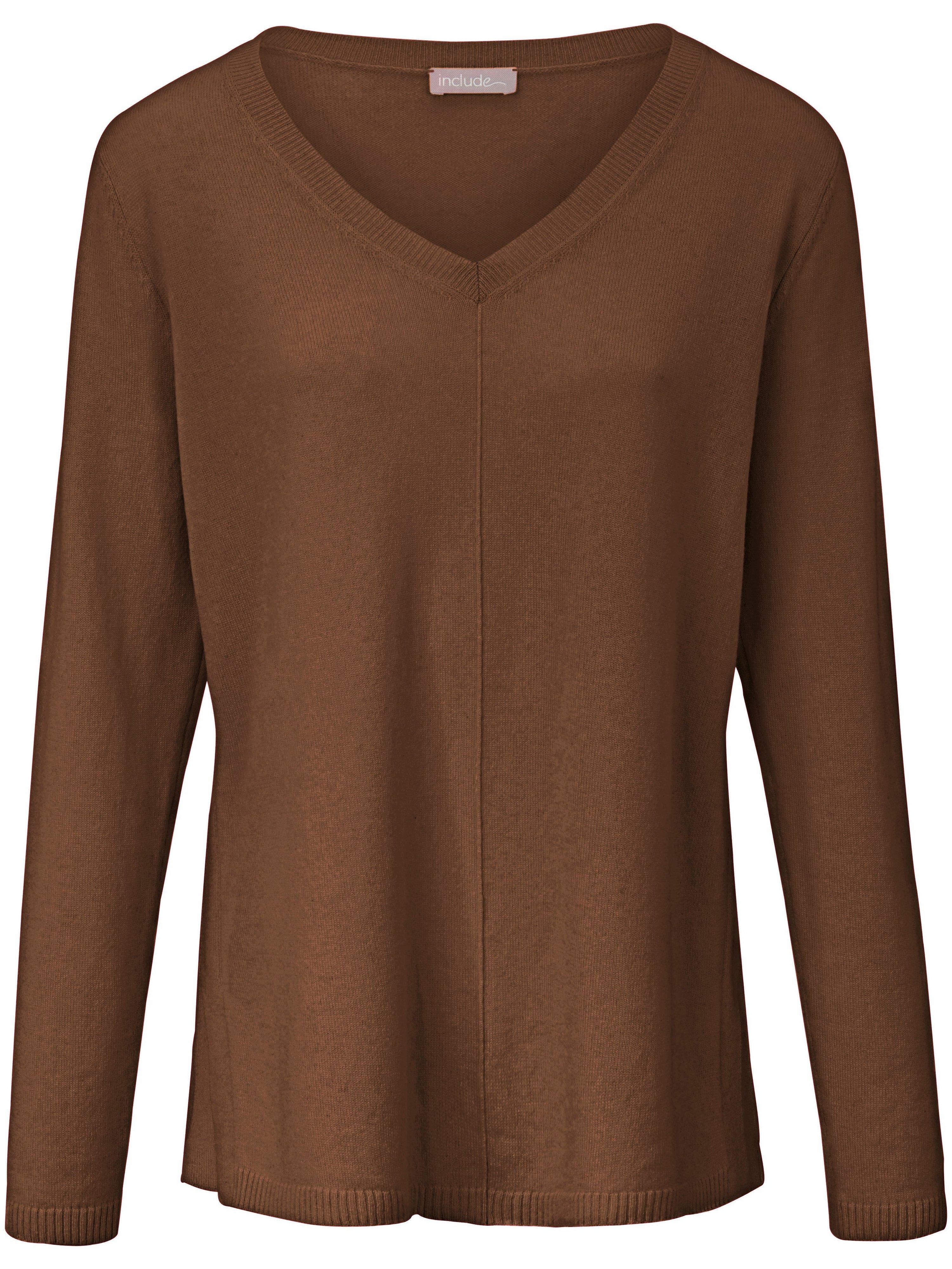 V-neck jumper in 100% cashmere include brown