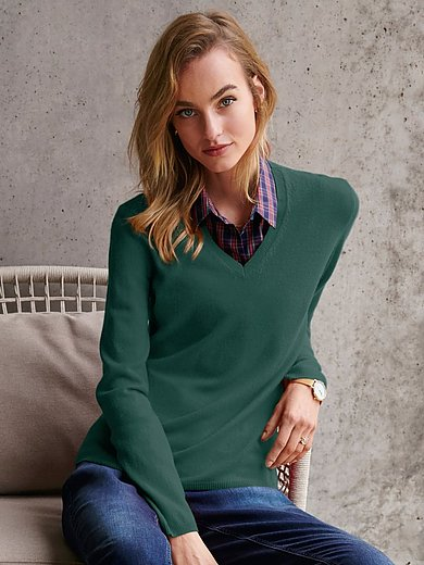 include - V-neck jumper with long sleeves