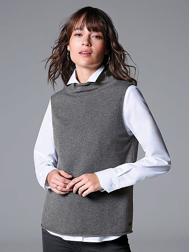 MAERZ Muenchen - Sleeveless jumper in 100% new milled wool