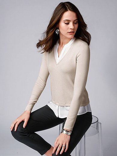 comma, - V-neck jumper with textured front