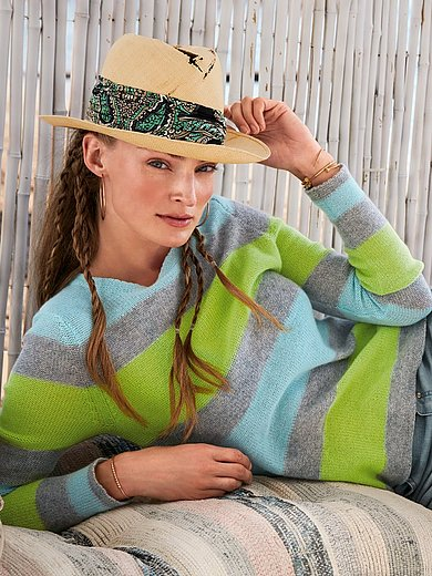 FLUFFY EARS - Round neck jumper made of 100% premium cashmere