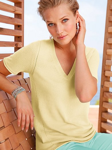include - V-ringad tröja med kort ärm i 100% kashmir i Premi