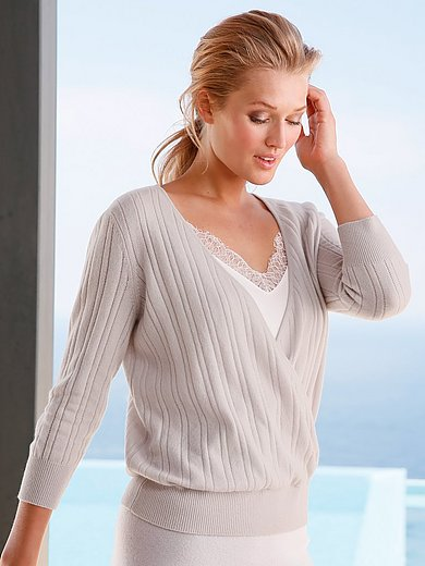 include - V-neck jumper in Pure cashmere in premium quality