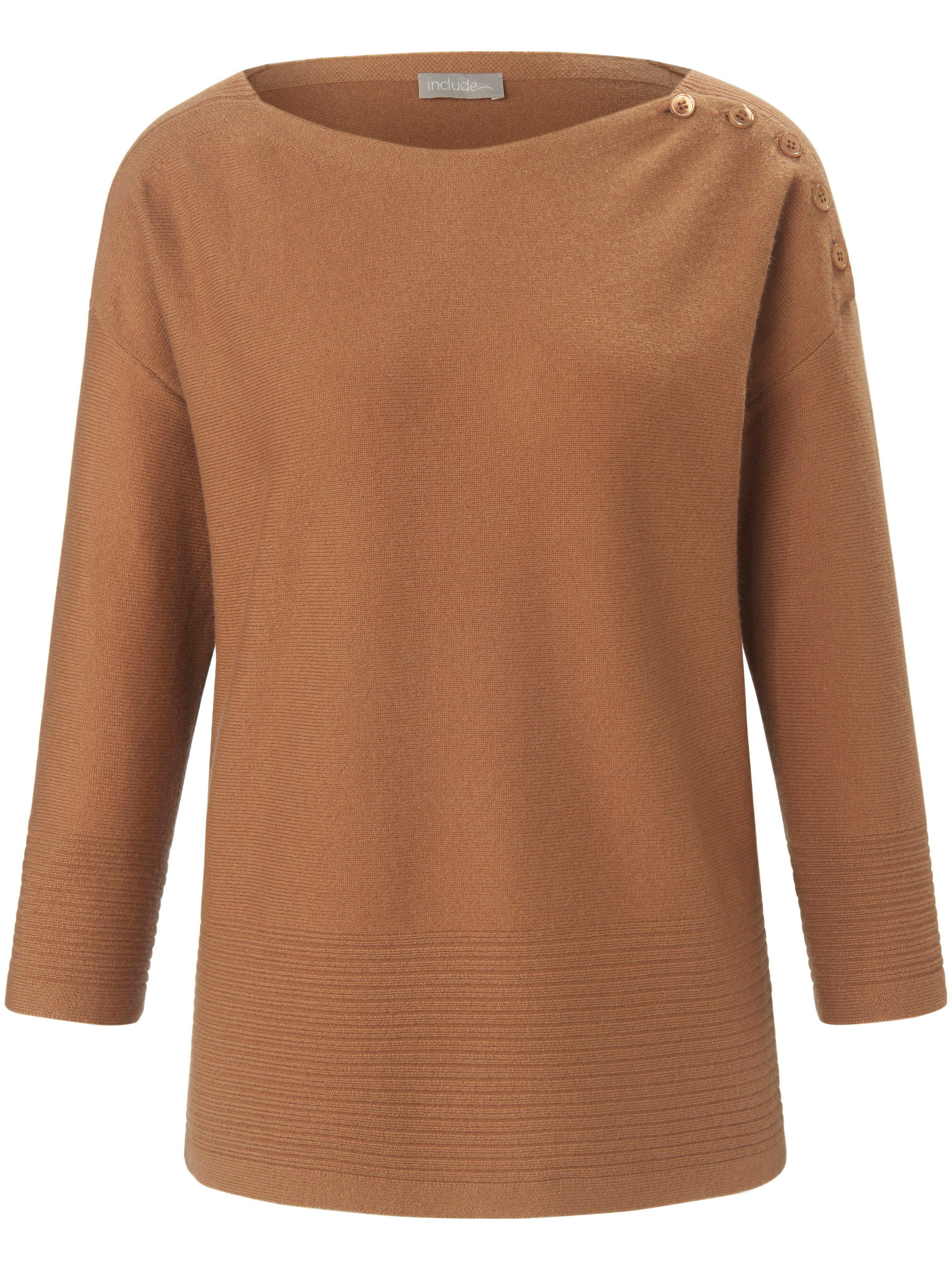 Jumper 3/4-length sleeves include brown