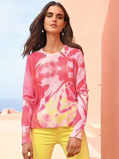 Cashmere Victim - Rundhalsad tröja modell Twiggy i 100% kashmir