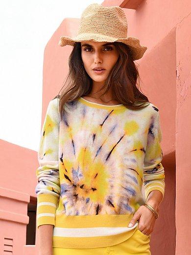 Cashmere Victim - Rundhalsad tröja modell Twiggy av 100% kashmir