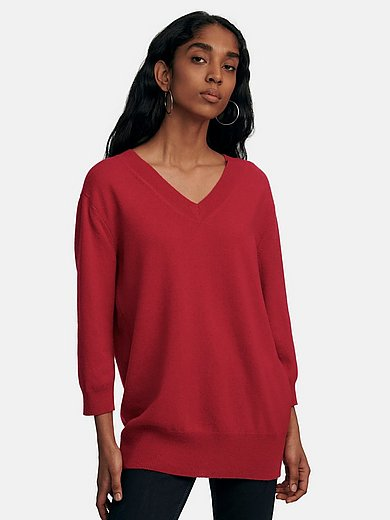 include - V-neck jumper with 3/4-length sleeves