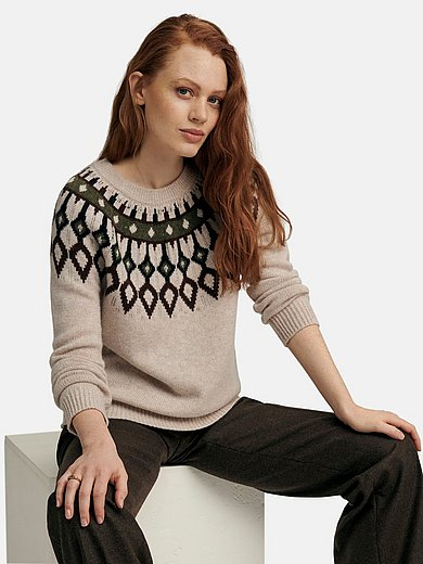 include - Round neck jumper with long raglan sleeves