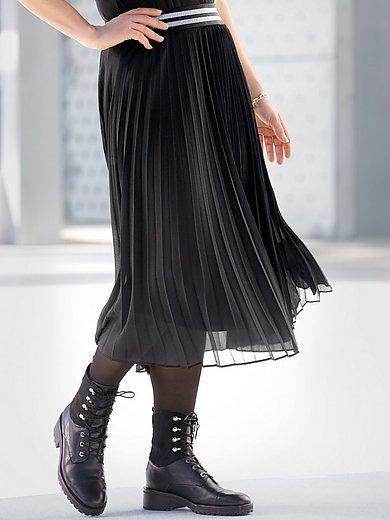 Emilia Lay - La jupe plissée