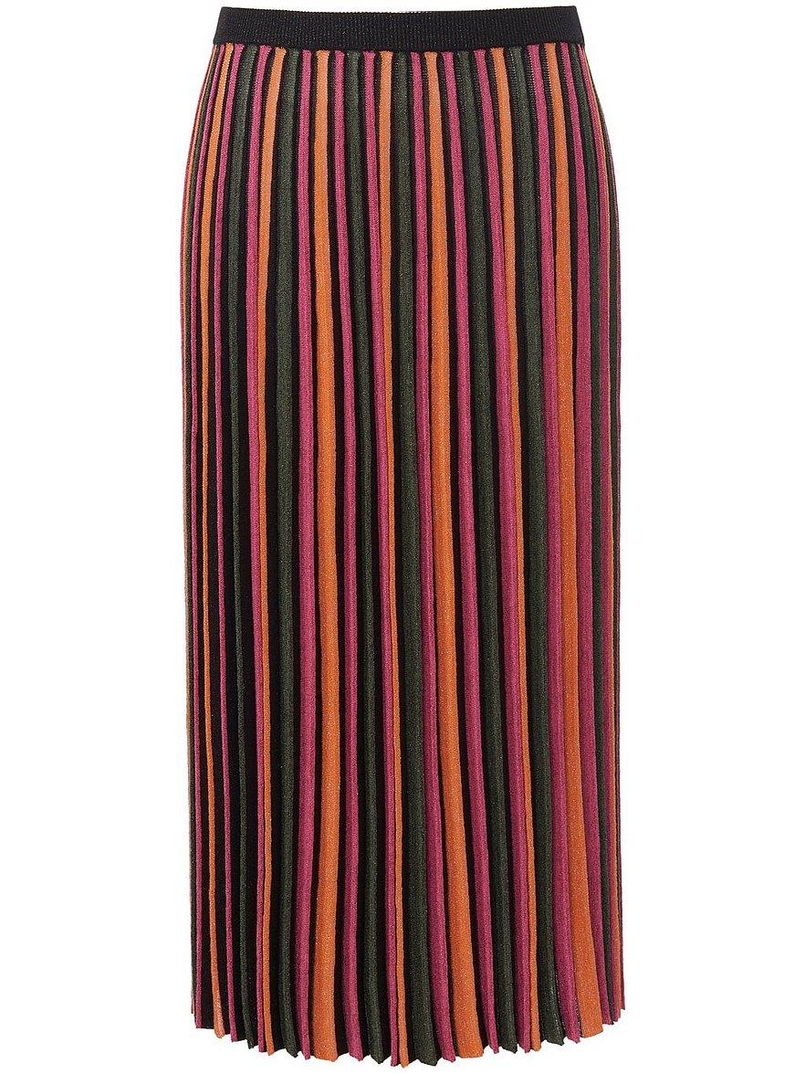 Artikel klicken und genauer betrachten! - Strickrock von EMILIA LAY zum Schlupfen mit einem unifarbenen Dehnbund. Farb-Flash, das Must-have für Modemutige. Kunstvoll gestrickt mit Plisseefalten aus vielfarbigem Glitzergarn. Herrlich bequem in locker fallendem Style mit viel Saumweite. 37% Baumwolle, 35% Viskose, 28% Metallfaser. Länge in Größe 42 ca. 80 cm. Dieser Strickrock ist maschinenwaschbar. Spezial Schonwaschgang 30°. Chlorbleiche nicht möglich. Nicht heiß Bügeln. | im Online Shop kaufen